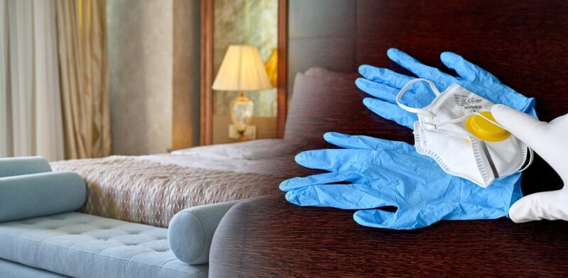 κορονοιος-κλείνει-ξενοδοχεία
