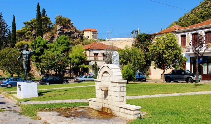 πλατεία-κεφαλόβρυσο